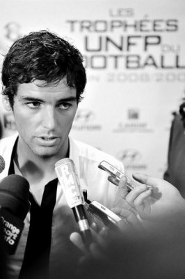 public yoann gourcuff c libataire pourquoi simplygourcuff un blog de soutien a yoann gourcuff. Black Bedroom Furniture Sets. Home Design Ideas